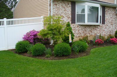 Ranch landscaping ideas on pinterest ranch house for Easy care landscape design