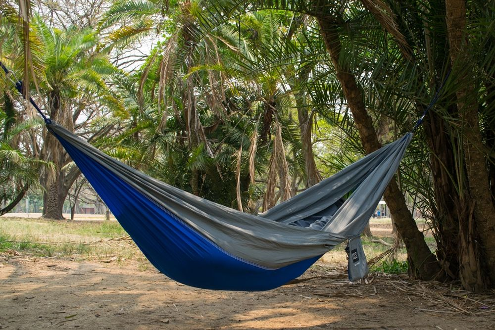 an innovative  pact hammock launched by well selected store very  fortable and extremely lightweight hammock   useful      rh   pinterest