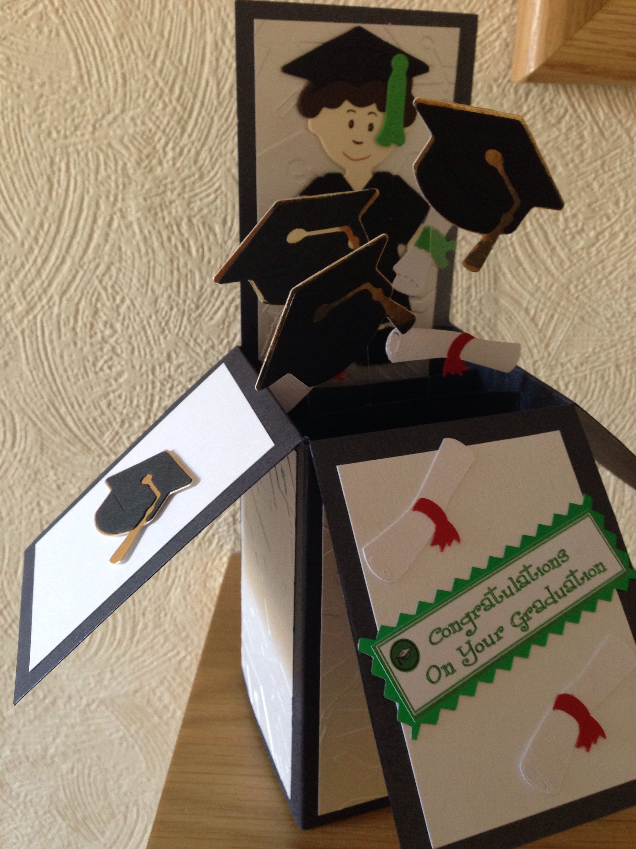Graduation box card  b319e0979164