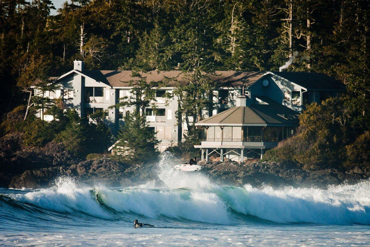 4 the top ten luxury hotels in canada voted by tripadvisor the top ten luxury hotels in canada voted by tripadvisor wickaninnish inn and the pointe restaurant tofino nvjuhfo Image collections