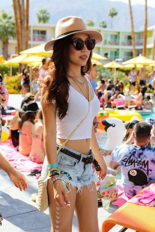 21+ Gorgeous Summer Beach Outfits Ideas