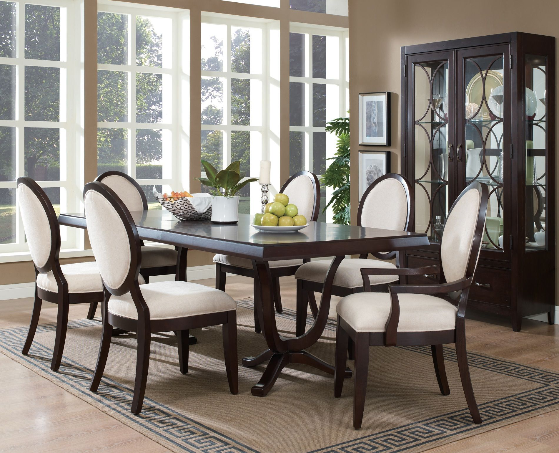 Modern black and white dining room - Fascinating Dining Room Set Idea With Two Tone Upholstered Chairs And Rectangular Top Table And Mini