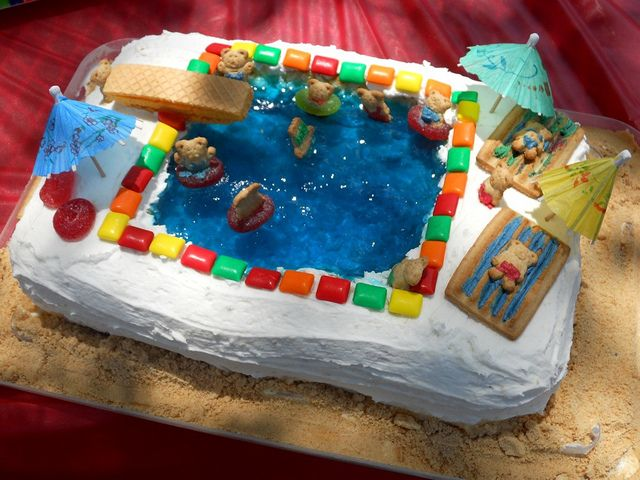 Swimming Pool Jello Birthday Cake Blue Jello Unique Cakes And Jello