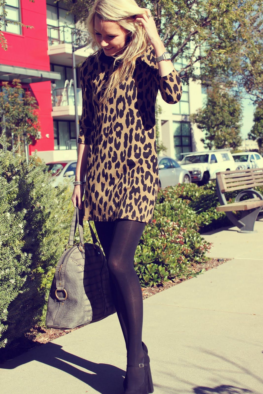 15e02fcabd57a1 Leopard print dress with tights...yes, THIS is how you wear an ultrashort  dress.