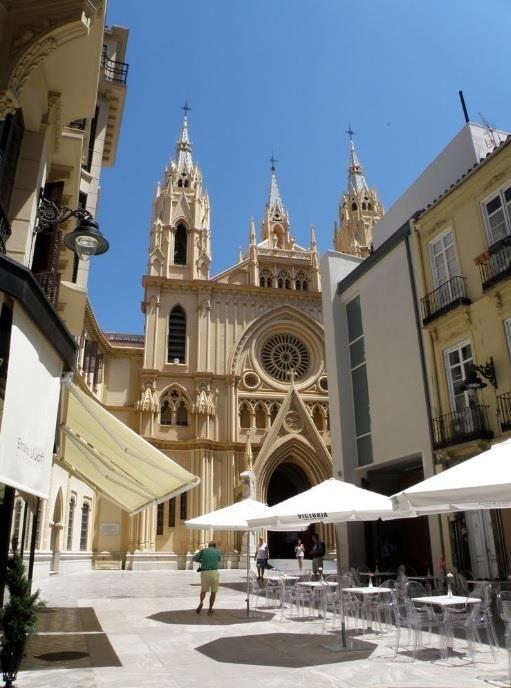 Iglesia del Sagrado Corazón situada Plaza de San Ignacio de Loyola del centro histórico de Málaga, España.  Obra neogótica construida en 1920,