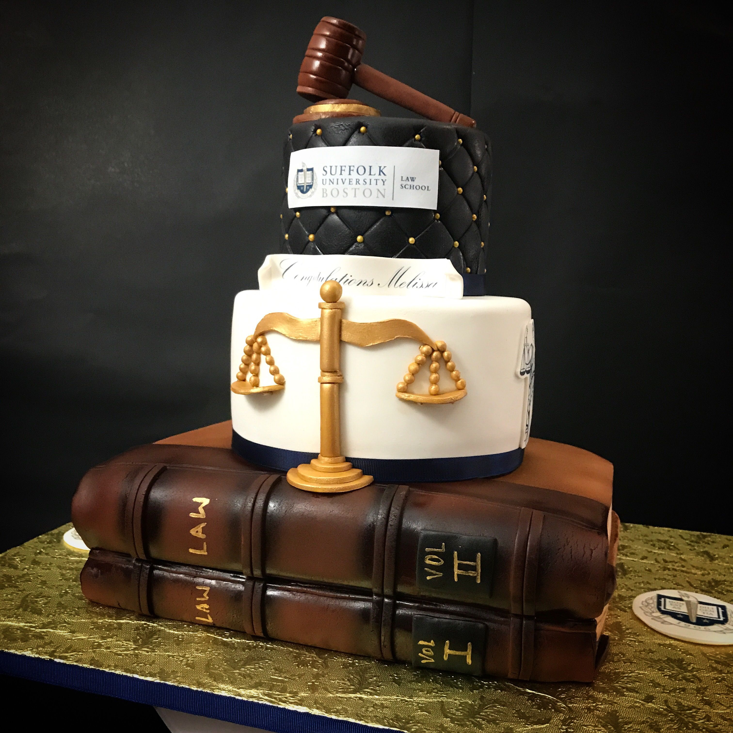 Law Graduation Cake Nais Cakes With Images Law School