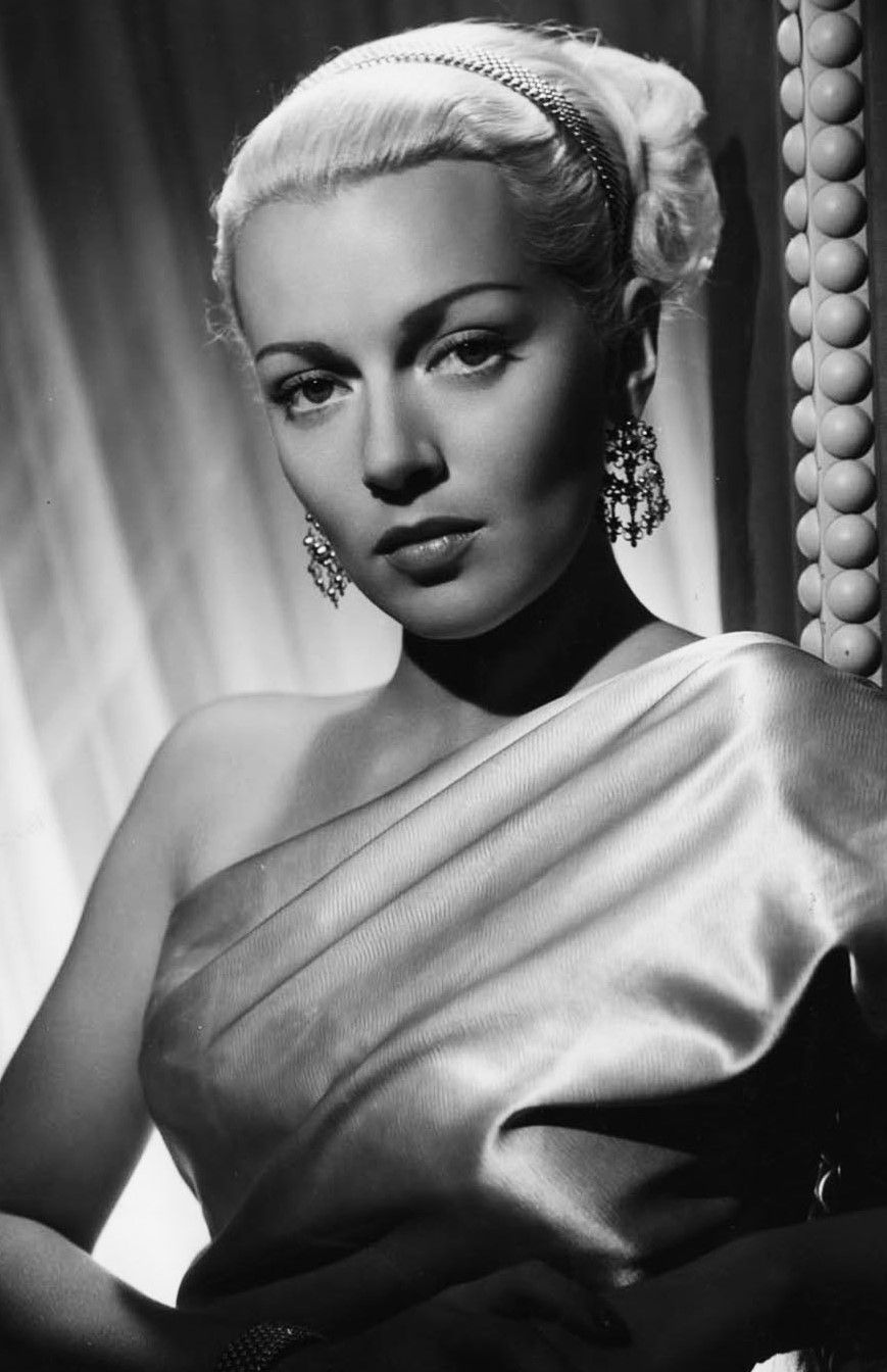 best images about lana turner make believe the 17 best images about lana turner make believe the postman and look magazine