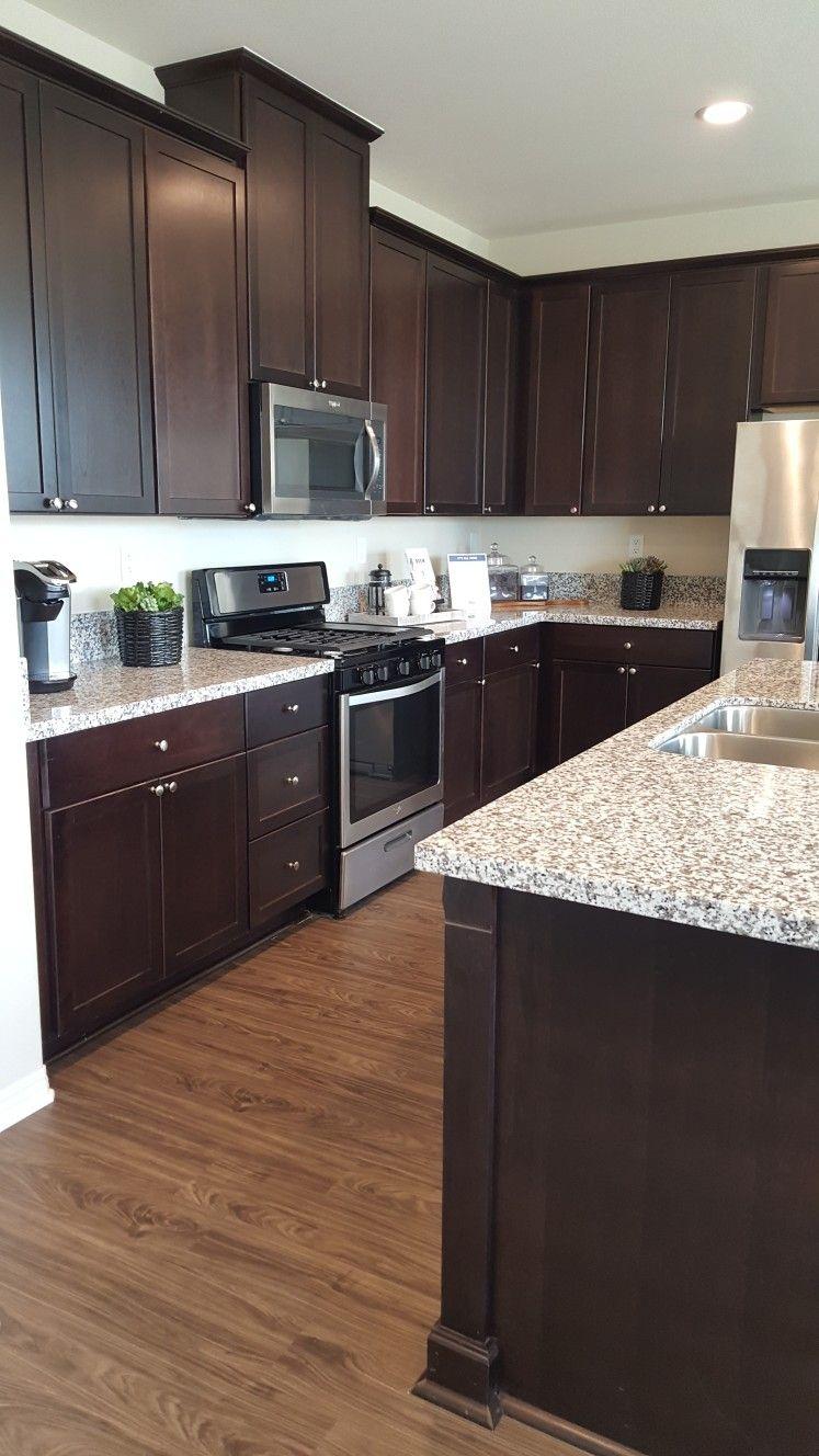 Kitchen Sells Homes Vinyl Wood Plank Floors Dark Cabinets White