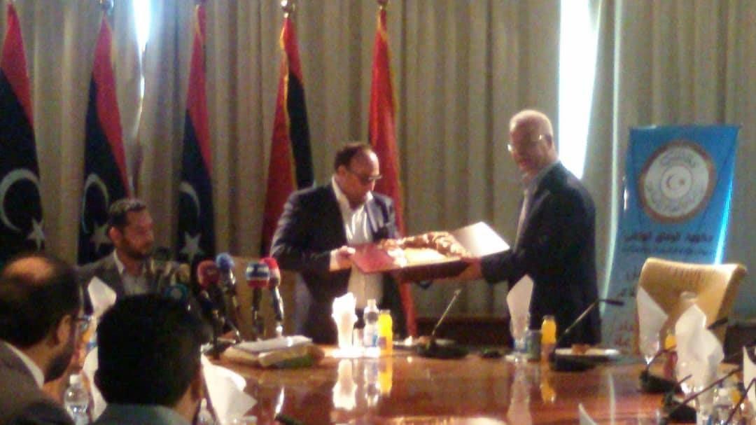 مراسم تسليم وتسلم وزارة الاقتصاد والصناعة بالوفاق للوزير الجديد Libya Talk Show