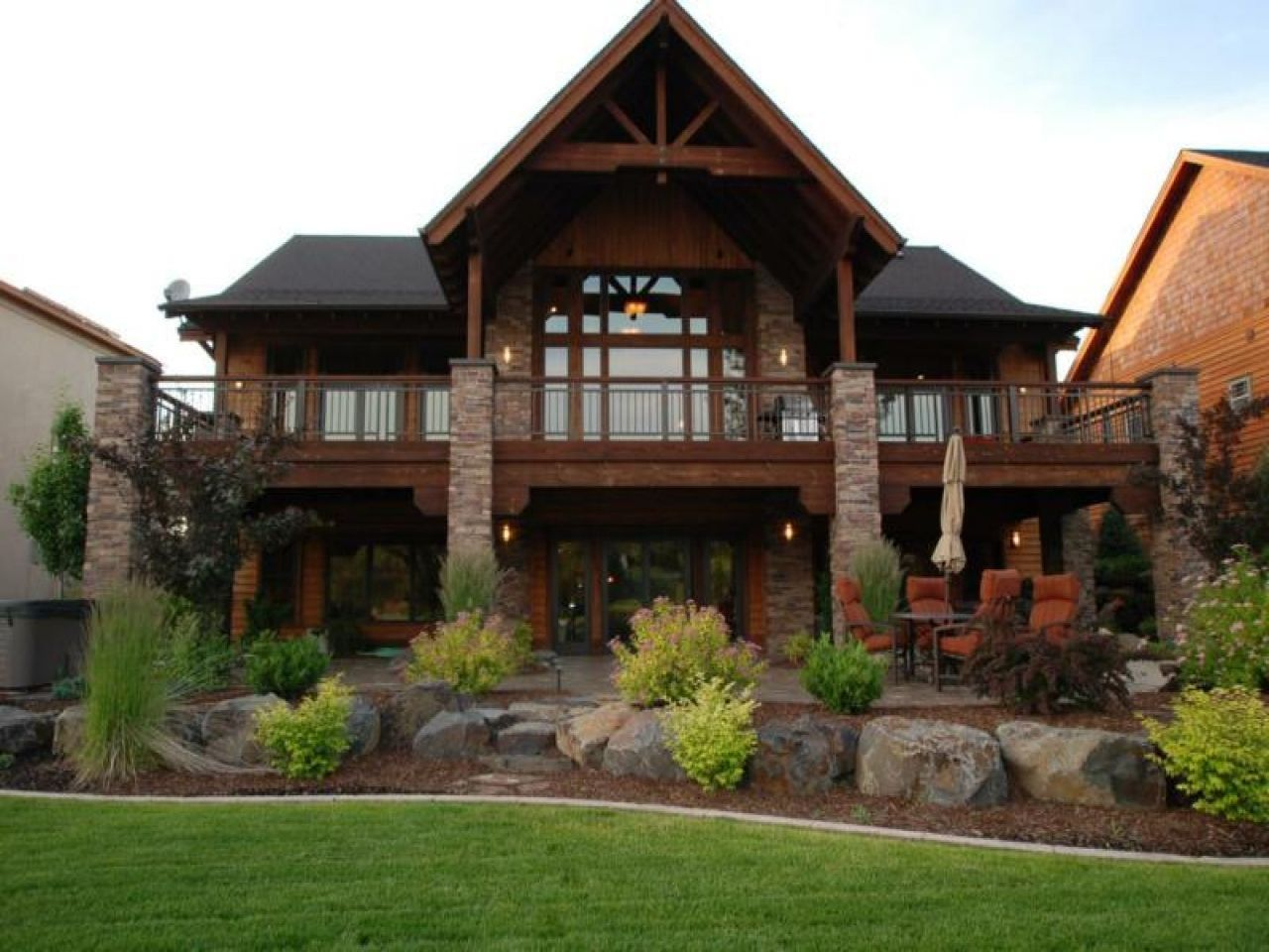 Rustic Home Plans With Daylight Basement Basement House Plans Cottage House Exterior Modern Lake House