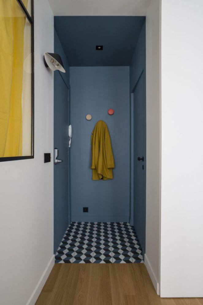 Déco Salon 1_iris-pointud-gaylussac-entree-bleue-carreaux-ciment - idee couleur couloir entree