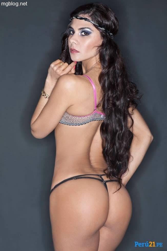 Latinas grinding ass