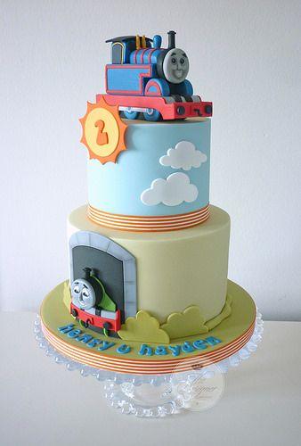 Isabelle bambridge cakes pinterest pasta di zucchero for Decorazioni torte trenino thomas