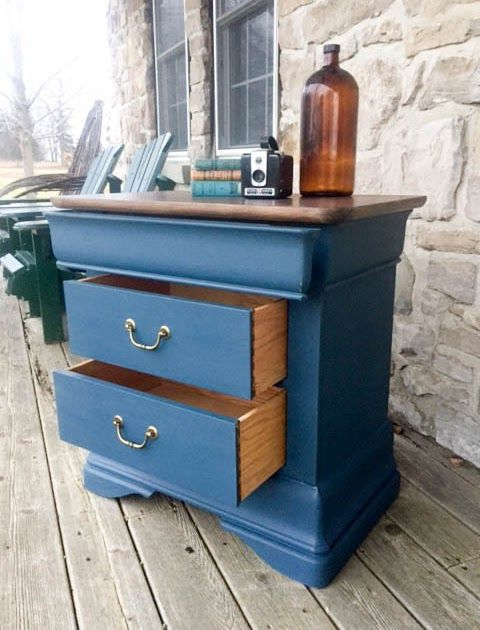 this pretty side table has been totally refinished with a rich navy blue chalk paint the top. Black Bedroom Furniture Sets. Home Design Ideas