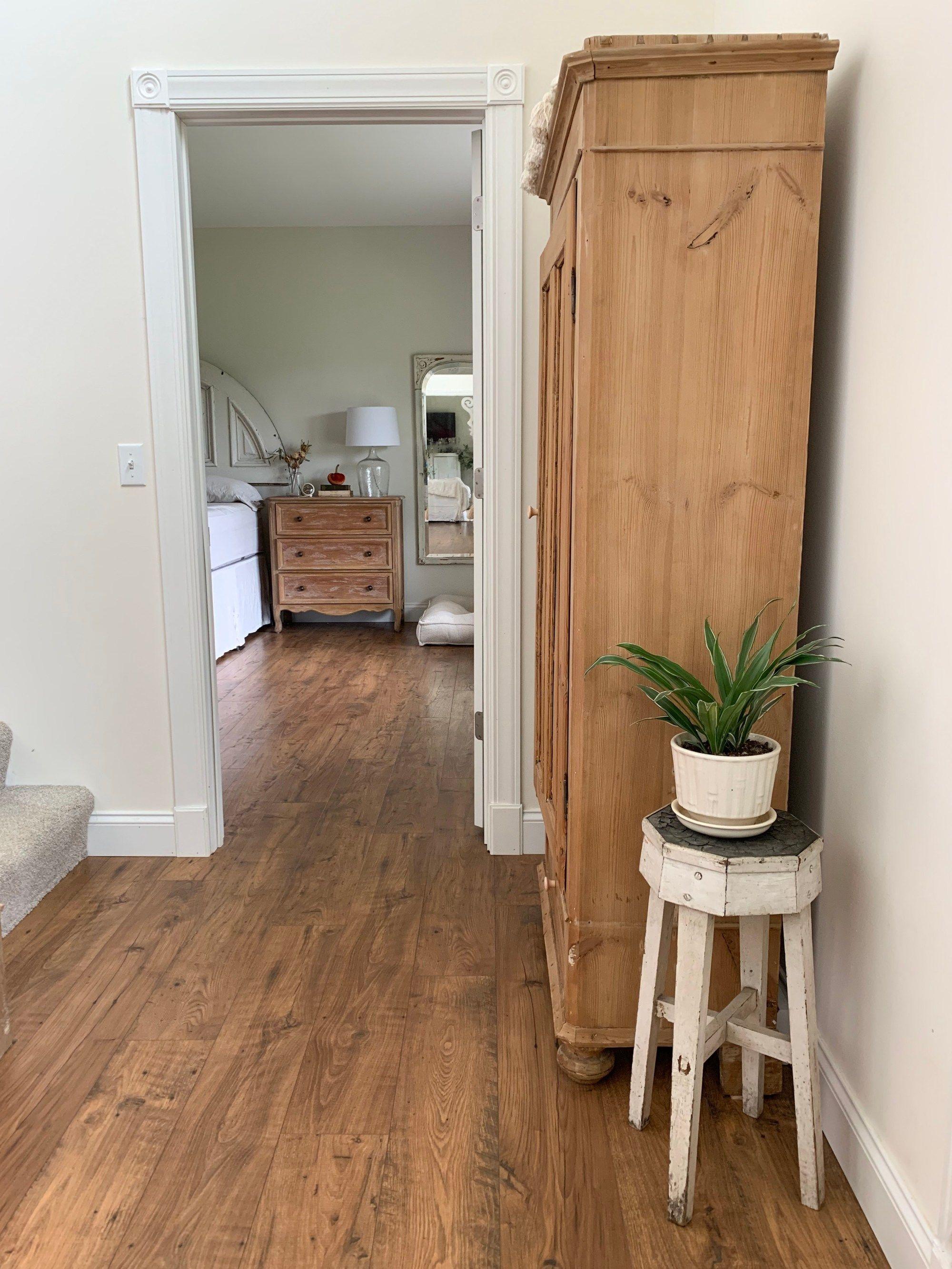 Pergo Flooring, Pergo Amber Chestnut Laminate Flooring