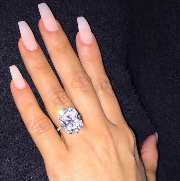 Kim Kardashian Shows Off Long Clear Nails With Massive Engagement Ring Celebrity Engagement Rings Kim Kardashian Engagement Ring Kardashian Nails