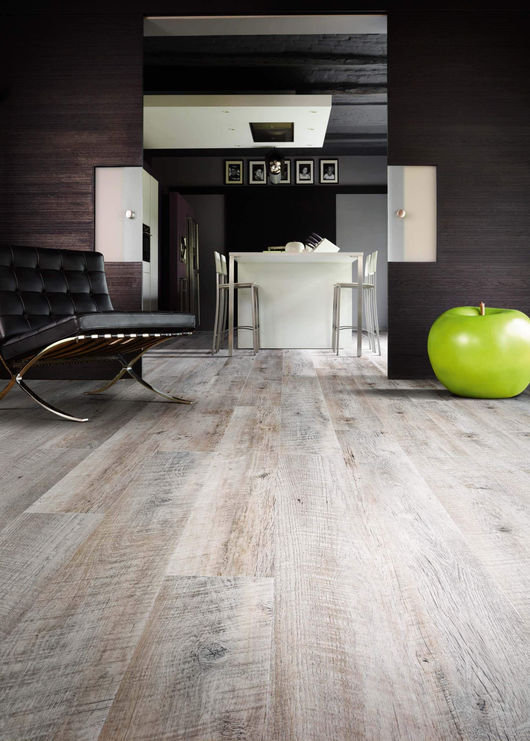 castle oak 55935 - wood effect luxury vinyl flooring - moduleo