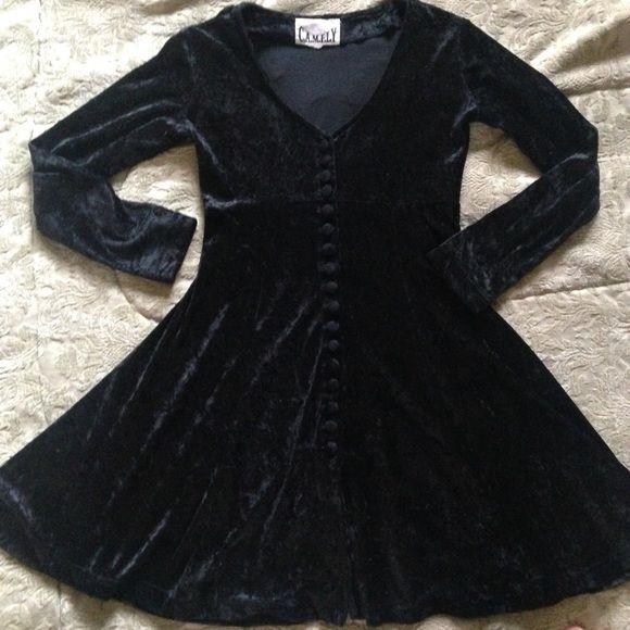Black Velvet Vintage 3