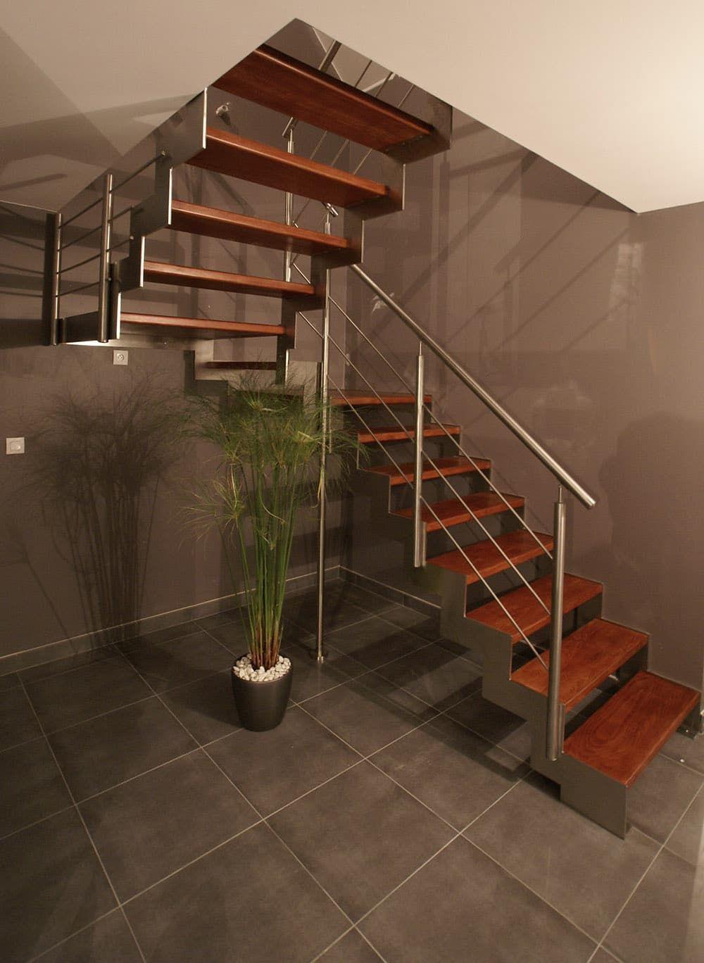 escalier marches en bois structure inox nos escaliers pinterest. Black Bedroom Furniture Sets. Home Design Ideas