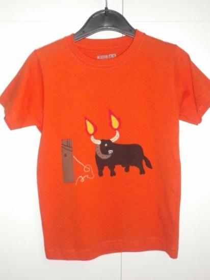 camiseta con toro embolado  algodon a mano
