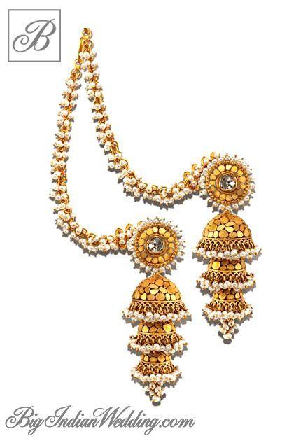 Azva gold earrings for an Indian bride Pendants Pinterest