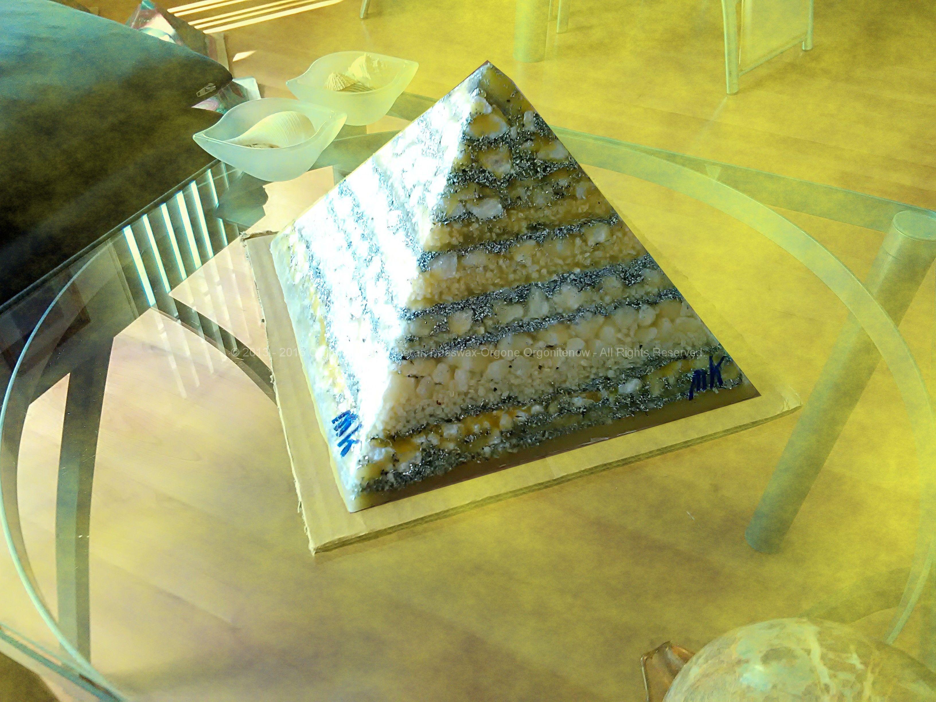 Yellow Moon Pyramid Orgonite 24 cm