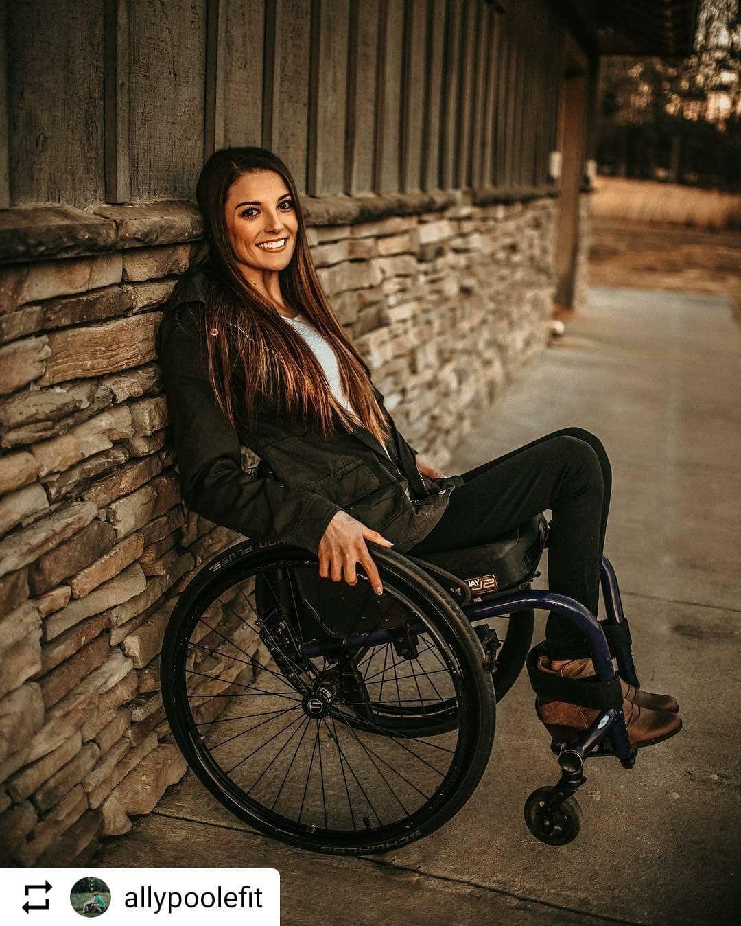 #LifeGoesOnWheels @allypoolefit #WheelchairGirl