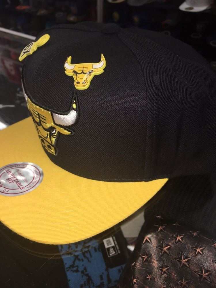 Mitchell   Ness NBA Black Yellow Paint splash Chicago Bulls snapback Hat  Cap  fashion  clothing  shoes  accessories  mensaccessories  hats (ebay  link) f35b8392850