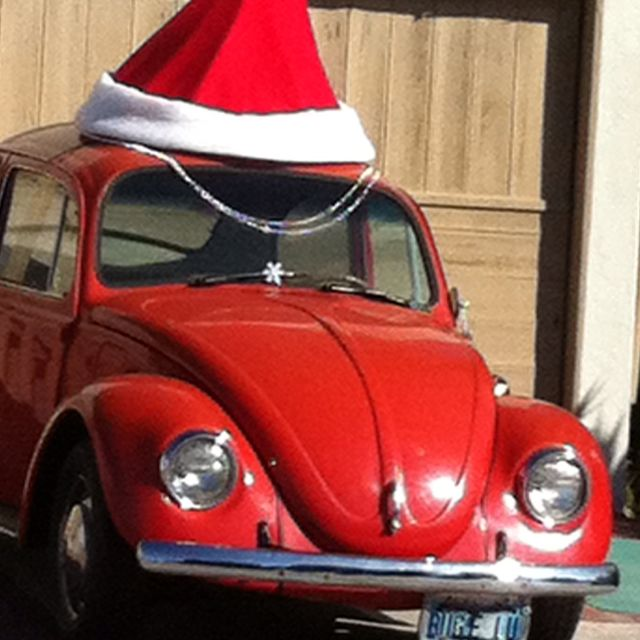 9e0cace66868c Huge car santa hat  Awesome! For Bonnie!