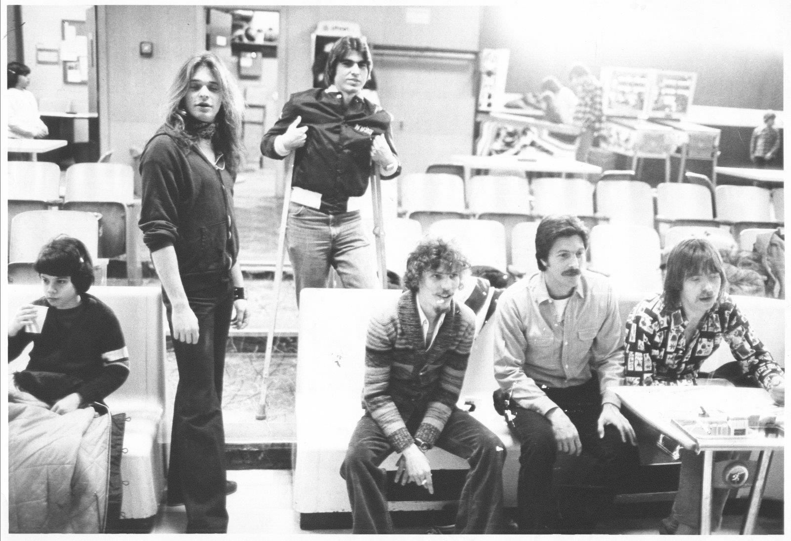 David Lee Roth Of Van Halen Bowling In Ca Circa 1975 Van Halen David Lee Roth Rock Bands