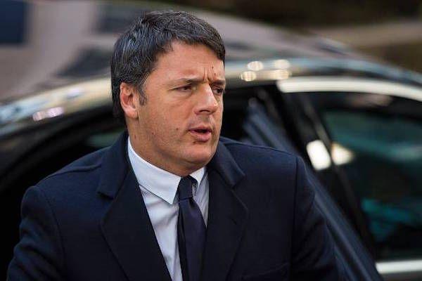 'Mi raccomando, la foto con il disabile no...' figuraccia devastante per Matteo Renzi – FOTO - http://www.sostenitori.info/mi-raccomando-la-foto-disabile-no-figuraccia-devastante-matteo-renzi-foto/264335