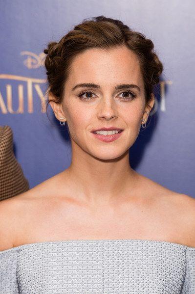 Emma Watson Sublime sur le tapis rouge La Belle et la