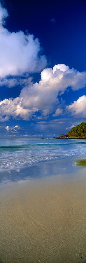 Pacific Ocean, Noosa , Sunshine Coast of Queensland, Australia. ☆  re-pinned by http://www.waterfront-properties.com/