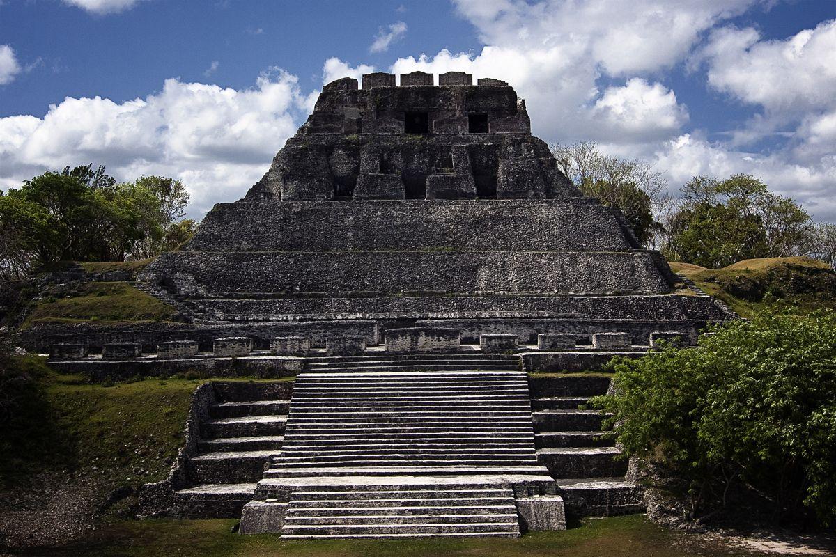 Xunantunich Maya Ruins belize