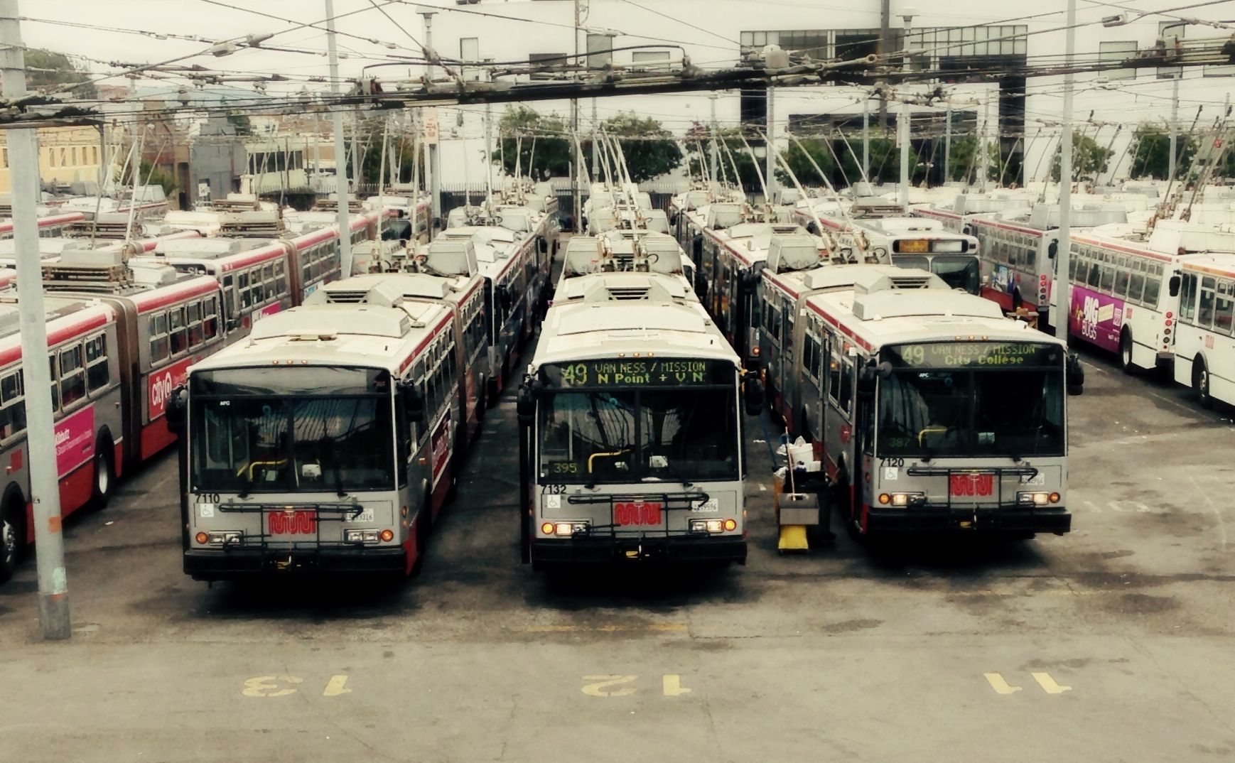 Electric Trolley Busses At The Muni Potrero Hill Bus Yard San  # Muebles Sion Bogota
