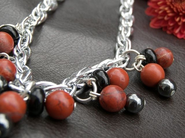 'Red Jasper and Hemalite Jewelry Three piece Set' is going up for auction at  6am Mon, Jul 30 with a starting bid of $6.