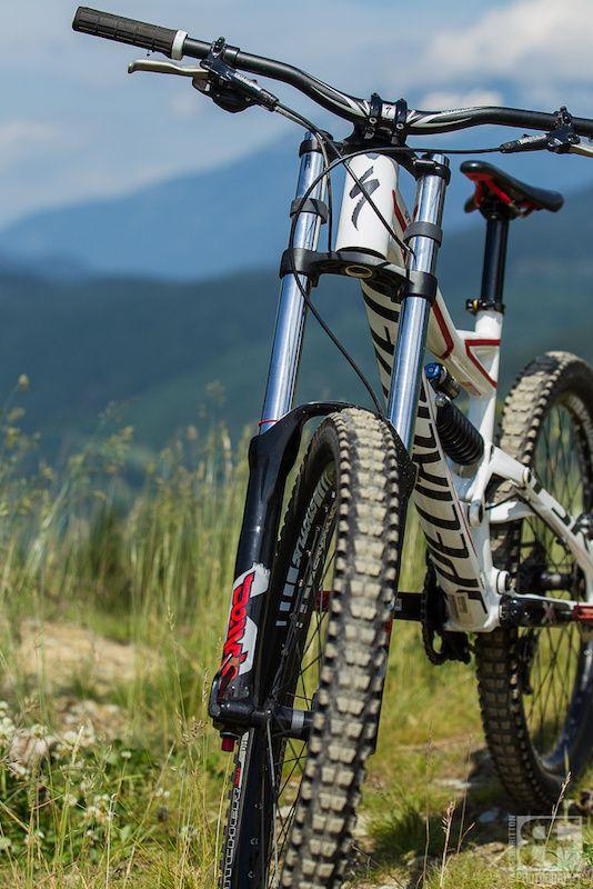 Specialized Status Ii Review Mtb Bike Mountain Downhill Bike
