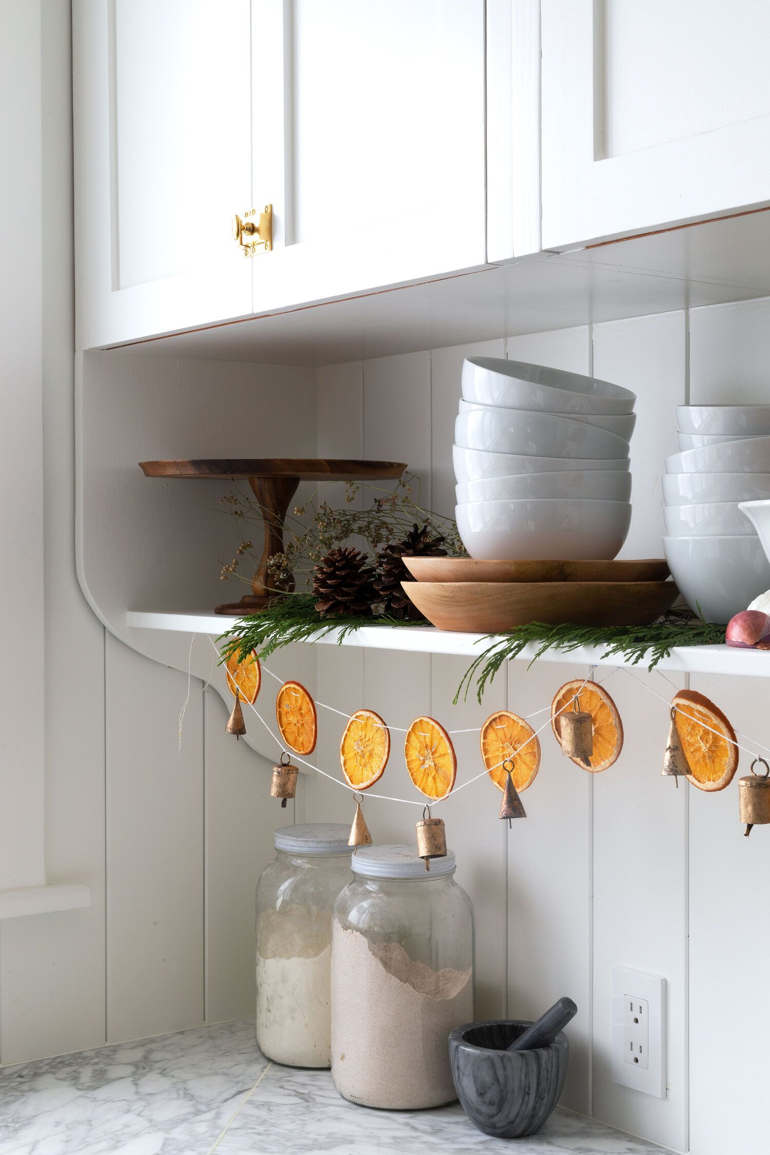 DIY // How to Make a Dried Orange Garland and Brass Bell