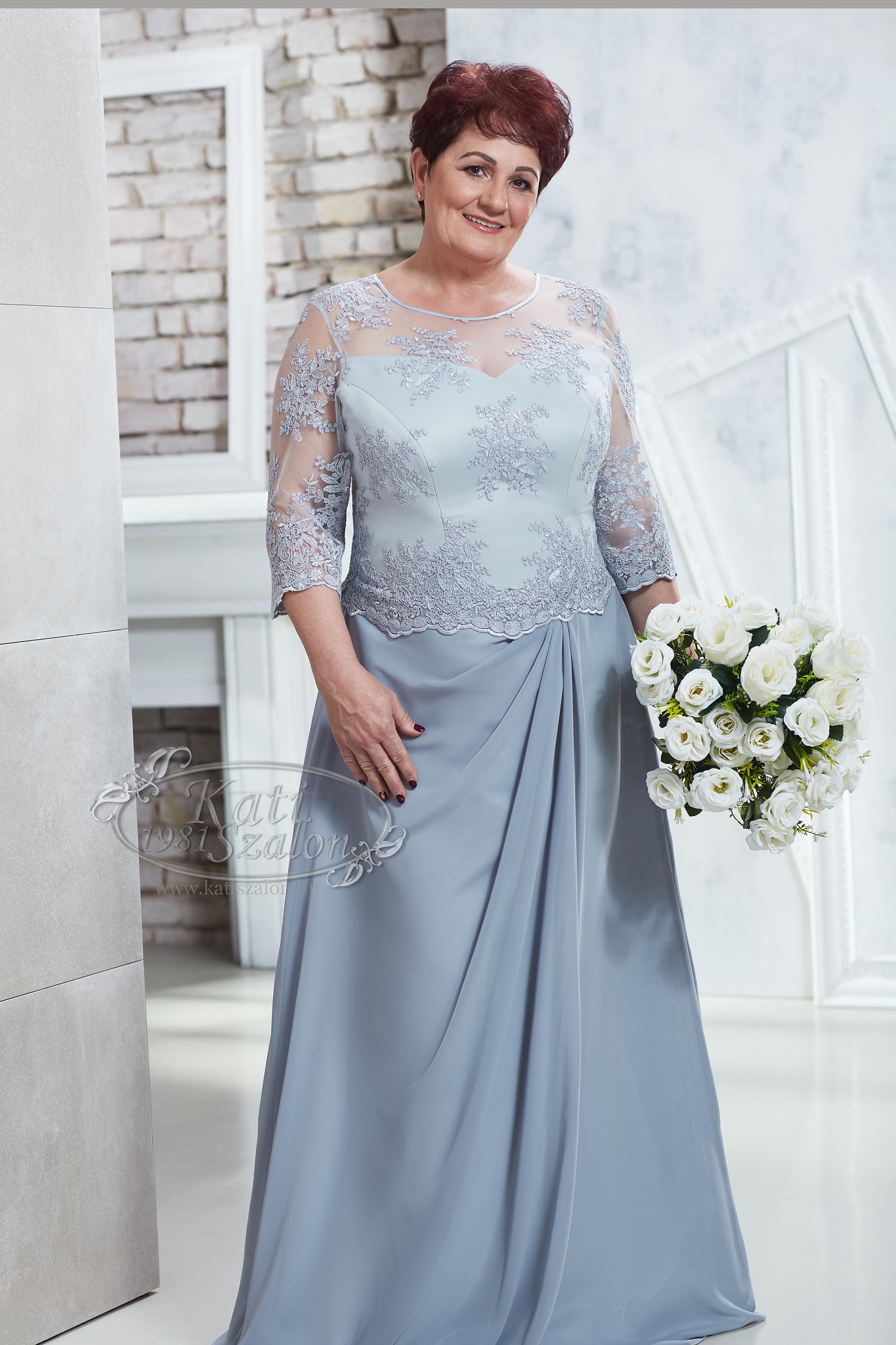 82755758fd Kati Szalon - ezüstszürke elegáns hosszú alkalmi ruha, csipke felsőrésszel,  muszlin szoknyával, polgári