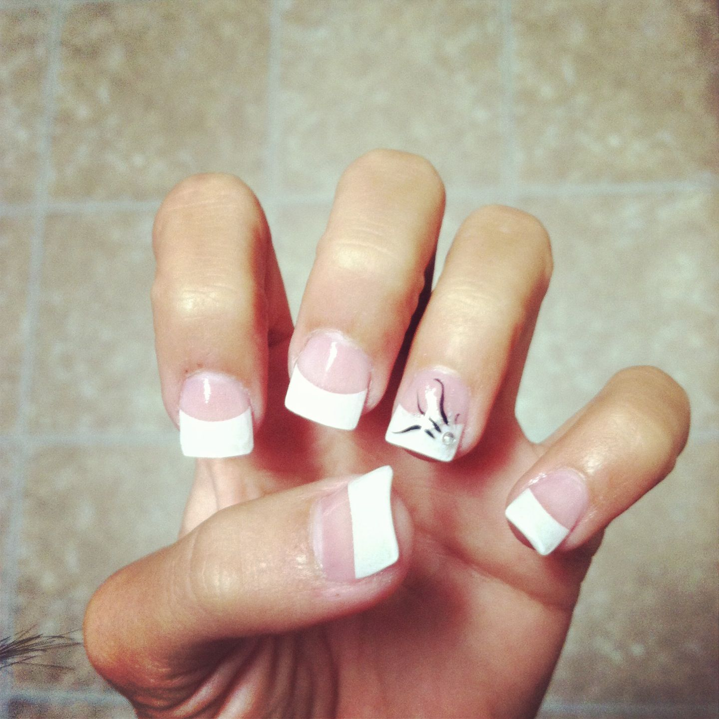 Regular white tip acrylic nails with a design on my accent nails ! Simple  and cute - Regular White Tip Acrylic Nails With A Design On My Accent Nails