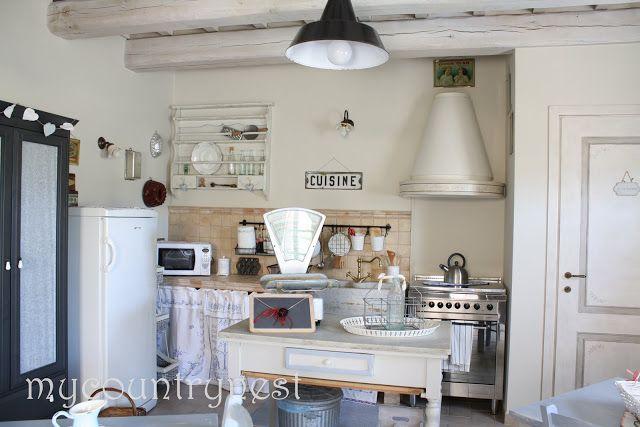 come arredare una cucina per un b. & b.   Arredamento casa / House ...