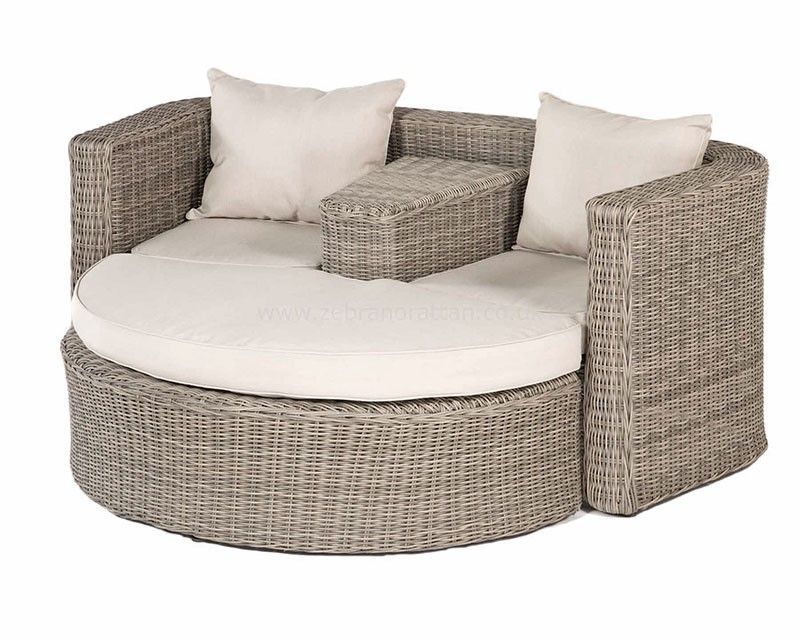 outdoor garden rattan furniture hamilton love seat available from wwwrattanfurnitureukcouk - Wooden Garden Furniture Love Seats
