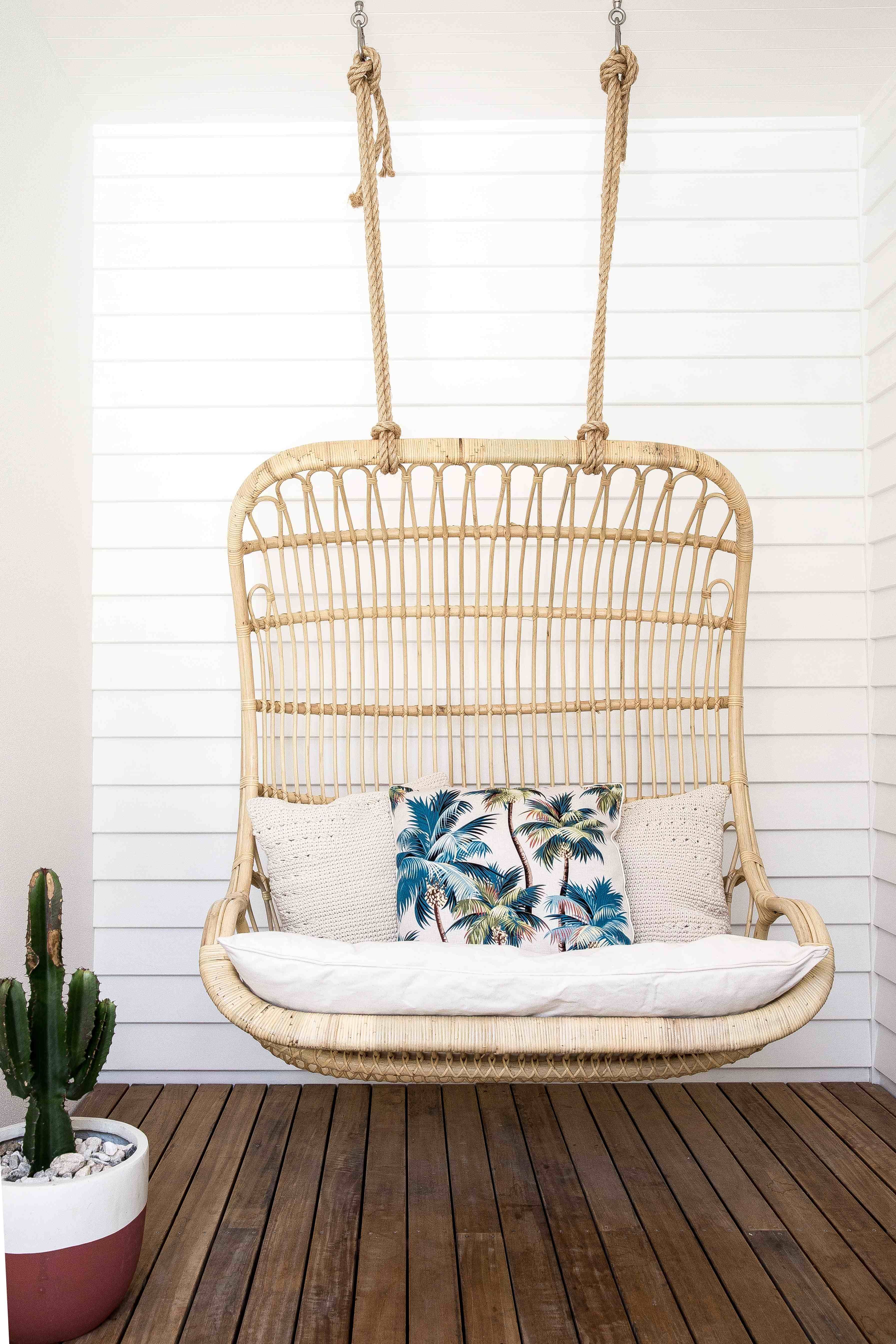 S double hanging chair from byron bay hanging chairs outdoor