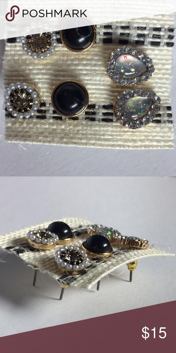 3 set of earrings. Women's set of earrings. New! Jewelry Earrings