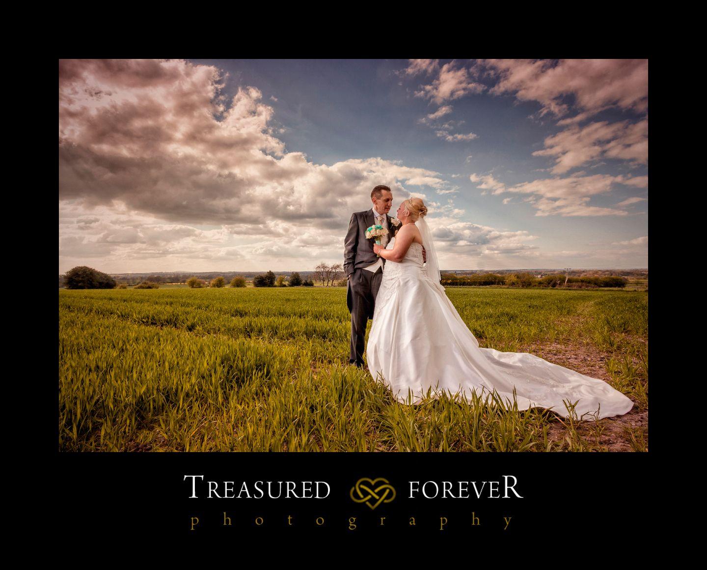 budget wedding photography west midlands%0A A Wedding in Shareshill  Corpus Christi Wedding Photographers  Linzi  u      Dean