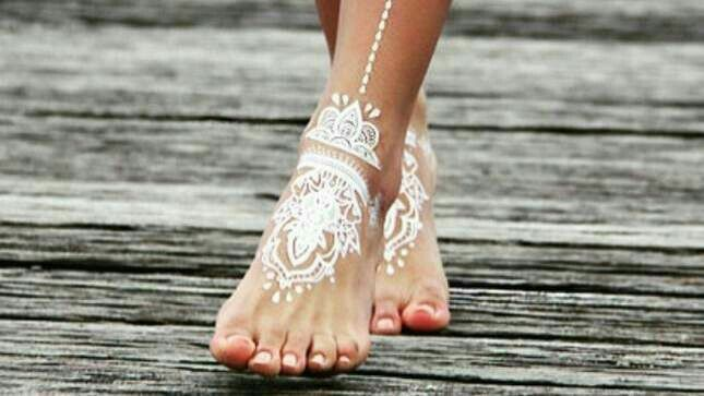 Mehndi Lace Tattoo : Pin by jun ki on henna hennas tattoo and designs