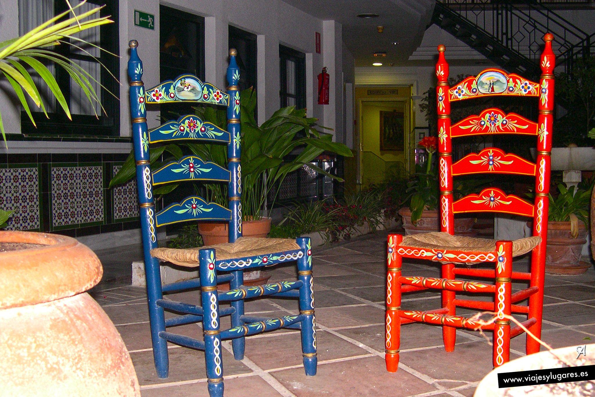 Sillas andaluzas en sevilla espa a sevilla sevilla for Muebles rusticos en sevilla