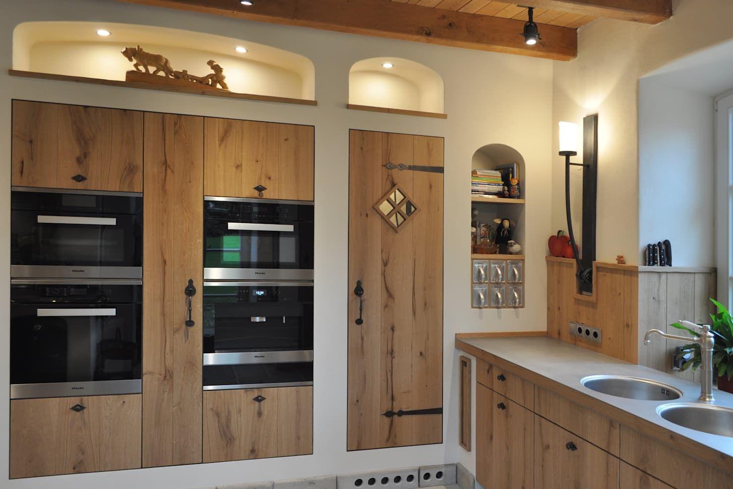 Landhauskuche Nach Mass Landhaus Kuchen Von Klocke Mobelwerkstatte Gmbh Landhaus Holz Holznachbildung In 2020 Haus Kuchen Landhauskuche Und Hausrenovierung