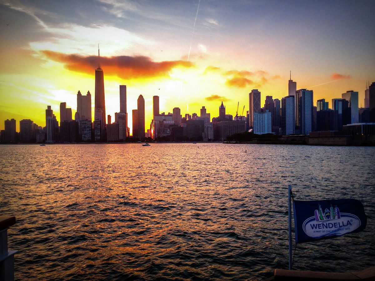 Wendella Boats Lake Michigan And Chicago River Tour