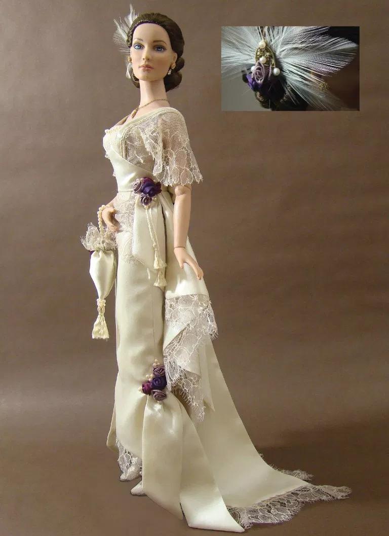 Fashioning History - The Bold Doll #bridedolls